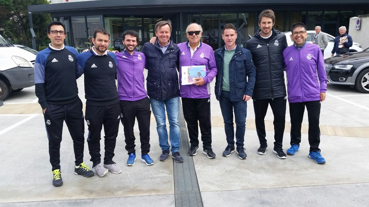il-nostro-daniele-pisacane-in-visita-alla-verona-soccer-cup-dallamico-ettore-paolini